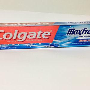 Colgate MaxFresh With Whitening