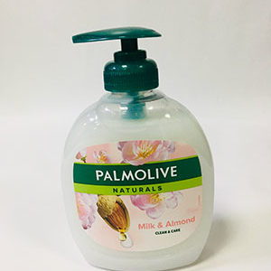 Palm Olive Naturals Milk and Almond