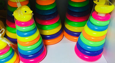 Colour ring play toy for children